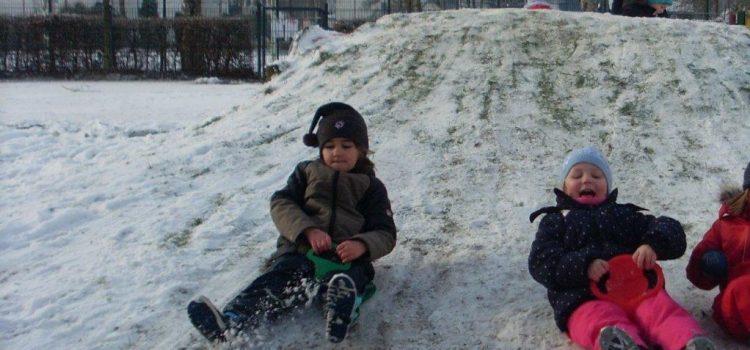 Winterzauber im Kindergarten – viel Spaß im Schnee